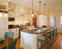 The Moorings - traditional - kitchen - boston - Polhemus Savery DaSilva Benjamin Moore Macadamia Nut