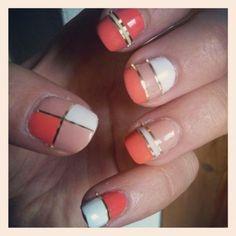 gold stripes nail