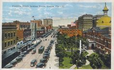 A view north along Franklin Street c. 1910s-1920s. The old Hillsborough County Courthouse (demolished in 1966) is pictured on the right