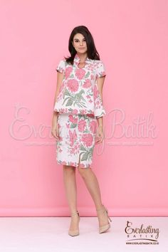 two piece dressFabric :Handmade Batik stamp pekalongancombination : -Lining : tricodCloth Size : with sizeTOP :Bust/Chest: S84, M88, L92cm XL96cm, XXL100cmSleeve Length: 15cmLength from Shoulder: 60cmSKIRTWaist : S84cm, M75cm, L80cm, XL85cm, XXL90cm (ada karet )Length from Shoulder: 61cmHand wash. Wash separately .Medium iron temperature