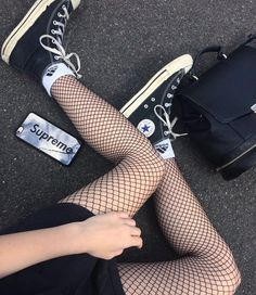 7,346 Likes, 8 Comments - OUTFIT GOALS (@vannoutfits) on Instagram