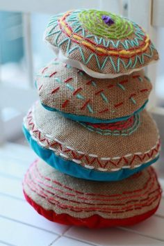Simple Embroidery Projects to do with kids.  I like the idea of using burlap.  Maybe she can make these as Christmas gifts?