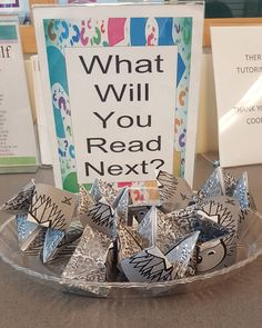 Tales from the Nerdy uses a cootie catcher with genres to draw teens in Library Book Displays, Library Books, Library Ideas, Teen Programs, Library Programs, Reading Incentives, Library Lessons, Best Templates, Something To Do
