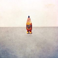 ✏️ #art #acrylic #artwork #tiny #figure #doll #tinydoll #wood #woodcarving #pencil #pencilman #etsy #creative #craftsposure #stationery #handmade #yellow