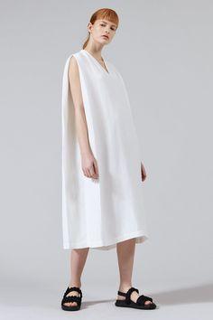 Yara Woven V-neck Maxi Dress in Ivory Spring Summer 2018, V Neck Dress, Cotton Dresses, Knit Dress, Sheath Dress, Muse, Cashmere, Women Wear, Product Launch
