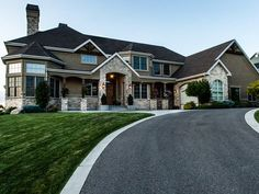 How to make an effective Home Detox? Dream Home Design, My Dream Home, House Design, Beautiful Houses Interior, Beautiful Homes, Big Beautiful Houses, Style At Home, Luxury Homes Dream Houses, Dream Homes