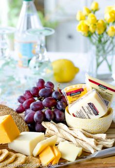 yummy cheese and cracker platter ideas with Dewey Generations One Roof.now all this needs is some delicious wine! Appetizer Dips, Appetizers For Party, Appetizer Recipes, Cheese And Cracker Platter, Cheese Platters, Tapas, Brunch, Wine Tasting Party, Good Food