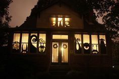 So cute! I am doing a monster halloween house today! :)