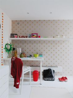 UNA CAMERETTA A POIS - Design Therapy Wallpaper Design For Bedroom, Designer Wallpaper, Wallpaper Designs, My Room, Girl Room, Ikea, Kids Bedroom, Bedroom Ideas, Childrens Bedroom