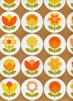Retro flower wallpaper..
