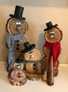 Wooden Christmas Decorations, Christmas Wood Crafts, Snowman Crafts, Homemade Christmas, Diy Christmas Gifts, Rustic Christmas, Christmas Projects, Christmas Fun, Holiday Crafts