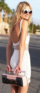 Chic summer outfits. Daily street style inspiration for the fashion obsessed.
