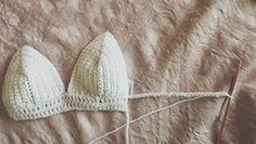 Brilliant Picture of Diy Crochet Bralette Diy Crochet Bralette From A Thread How To Crochet A Simple Bralette Crop Top Pattern Crochet Bikini Pattern, Bra Pattern, Crochet Crop Top, Diy Crochet, Crochet Patterns, Crochet Tops, Irish Crochet, Crochet Ideas, Swimsuit Pattern