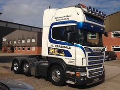 This Scania V8 looks good with its new Alcoa DuraBrights