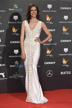 Bárbara Santa-Cruz con joyas de Suárez en los premios Feroz 2015