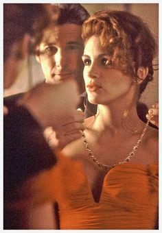 Movie: Garry Marshall's Pretty Woman, 1990  Actress: Julia Roberts  Jewelry: Twenty-three pear-cut rubies at the center of diamond hearts, a...