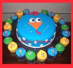 Torta Gallina Pintadita Cupcakes Cumpleaños Fiesta Niños - S/. 79,00