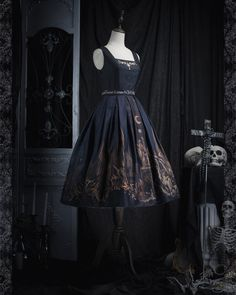 ZJ Story -The Graveyard of the Dragons- Gothic Lolita Jumper Dress