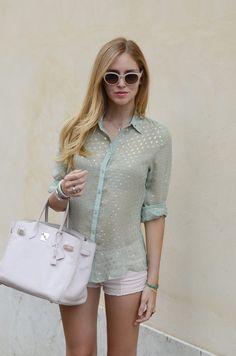 Chiara Ferragni, love these light pastels The Blonde Salad, Mode Shorts, Lace Espadrilles, Estilo Blogger, Chic Summer Style, Weather Wear, Minimal Fashion, Mode Inspiration, Spring Summer Fashion