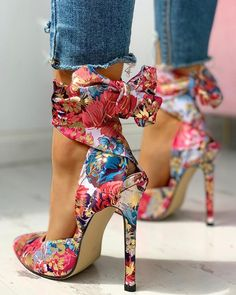 Floral Print Tied Ankle Thin Heels : Style:Fashion Pattern Type:Floral Material:Cloth Cover Occasion:Casual Package Heel Height: Note: There might be difference according to manual measurement. Please check. Trend Fashion, Fashion Heels, Style Fashion, Tokyo Fashion, Xl Fashion, Female Fashion, Fashion Black, Fashion Games, Fashion Styles