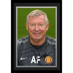 Man Utd Ferguson PersonalisedPersonalised Sir Alex Ferguson Gift A unique gift displaying Sir Alex Ferguson's photo and a personal message alongside his printed autograph. Presented in a stylish contemporary frame (including mount). Manchester United Gifts, Manchester United Legends, Manchester United Football, Best Wishes Messages, Sir Alex Ferguson, Contemporary Frames, Sports Gifts, Man United, Gifts For Boys