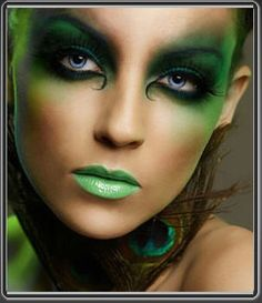 The color emerald is one of the many colors that I like, so this would be an awesome makeup idea for a forest fairy to me.  I wouldn't use the green lipstick however.