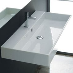 Studio bagno wall basin