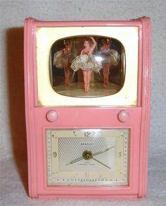 Bakelite ballerina clock made by Bradley, Germany. Pink Clocks, Old Clocks, Vintage Clocks, Pink Love, Pretty In Pink, Radios, Vintage Pink, Vintage Toys, Baby Boomer