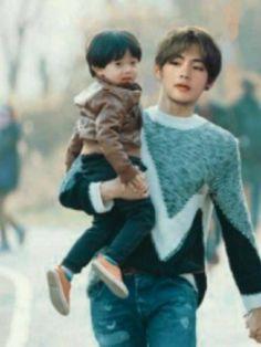 Jk from the story OS BTS: Jungkook by -Precious_ (𝒥𝒶𝒹𝑒) with 835 reads. Cute Asian Babies, Korean Babies, Jungkook Fanart, Bts Jungkook, Taekook, Taehyung Abs, V Bts Wallpaper, Bts Girl, Ulzzang Kids