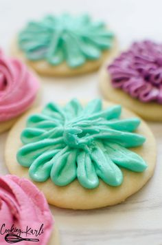 Perfect Sugar Cookie Recipe Cooking With Karli.Perfect Sugar Cookie Recipe Is Really Just That PERFECT . Perfect Sugar Cookie Recipe Cooking With Karli. Sugar Cookie Flowers Cooking With Karli. Sugar Cookie Frosting, Sugar Cookies Recipe, Cookie Recipes, Dessert Recipes, Cupcake Frosting, Cookie Ideas, Lunch Recipes, Beef Recipes, Crusting Buttercream