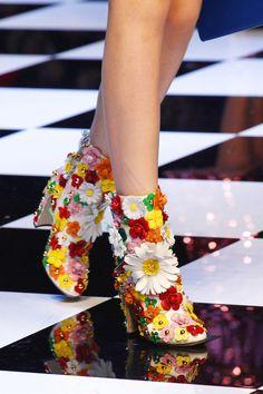 dolce&gabana always slay the flower game  | ban.do