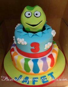 Atencion atencion cake