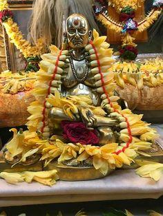 Swami Samarth, Pooja Rooms, Krishna Radha, God Pictures, Gouache Painting, Sanskrit, Shiva, Food, Attitude