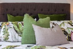 Bring botanical style to your bedroom - reminiscent of a fresh spring day. Master Bedroom, Bedroom Decor, Bedroom Accessories, Spring Day, Home Interior Design, Bedding, New Homes, Throw Pillows, Trends