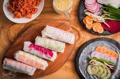 Spring–rolls z chrupiącymi warzywami i pikantną kaszą jaglaną
