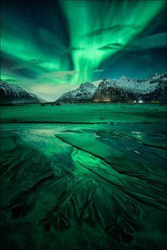 nordlys ] ~ aurora borealis, Flakstad, Lofoten, Northern Norway by D-P… Lofoten, Beautiful Sky, Beautiful Landscapes, Beautiful World, Beautiful Pictures, Beautiful Norway, Landscape Photography, Nature Photography, Photography Pics