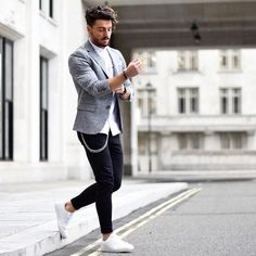 Men outfit outfit blazer outfits, casual blazer, o Blazer Outfits Men, Outfits Hombre, Casual Blazer, Blazers For Men Casual, Mens Jeans Outfit, Blazer With Jeans Men, Men Blazer, Man Outfit, Blazer Fashion