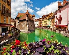 10 Little Towns in France you need to visit Right Now!