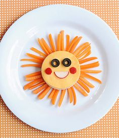 """You Are My Sunshine"" sandwich - a perfect lunch for summer and to celebrate Mr. Sun."