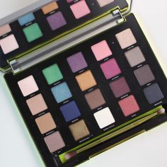 Making Up the Midwest: Review & Swatches: Urban Decay Vice 3 Palette