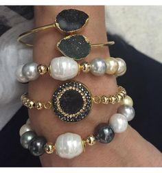 buy now precious bracelets with a beauty embedded stone... only vila veloni