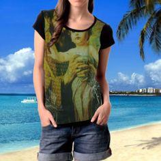 T-shirt feminina exclusiva da coleção Rogai por Nós ✈ Frete zero para todo o país  Péricles Ribeiro urbanwear trabalha com tiragens reduzidas garantindo a exclusividade das peças  COD: 15F-003 ☎ Contato: +55 81 998157105 (Wp) <3 Maceió Alagoas