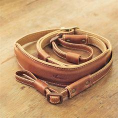 Leather Camera Strap by Acru. 6,930円