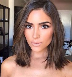 Short Bob Hairstyles For Women With Different Type Of Hair & Face - Stylendesigns - - Normally short hair makes you appear much younger. But short hair does not suit every type of face. These Short bob hairstyles for different type of hair. Short Hairstyles For Women, Hairstyles Haircuts, Medium Brunette Hairstyles, Pixie Haircuts, 2018 Haircuts, Brown Hairstyles, Female Hairstyles, Celebrity Hairstyles, Hairdos