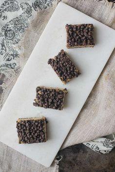 Mint Chocolate Chip Dessert Bars by @Oh My Veggies
