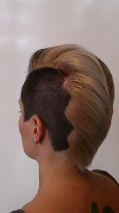two toned with buzzed side gotta have this!!