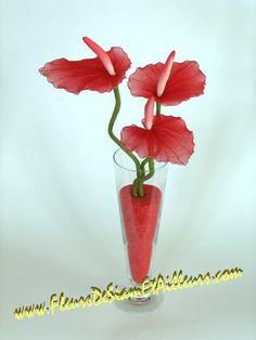 Znalezione obrazy dla zapytania kwiaty z rajstop