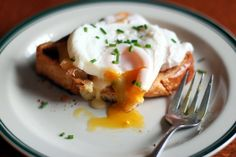 <p>Poached eggs, with their silky smooth whites and luscious yolks, can take a while to get right. Here, Alton Brown provides many tips to perfecting them, with good info on freshness, timing and how to add the eggs to the pan.</p>