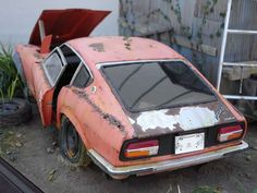 Rusted Nissan Fairlady Z 1/16 Scale Model Diorama