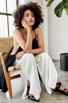 Game of Thrones' Nathalie Emmanuel Reveals Her Must-Have Beauty Products Black Is Beautiful, Gorgeous Women, Beautiful People, Beautiful Celebrities, Beautiful Actresses, Curly Hair Styles, Natural Hair Styles, Nathalie Emmanuel, Curly Girl